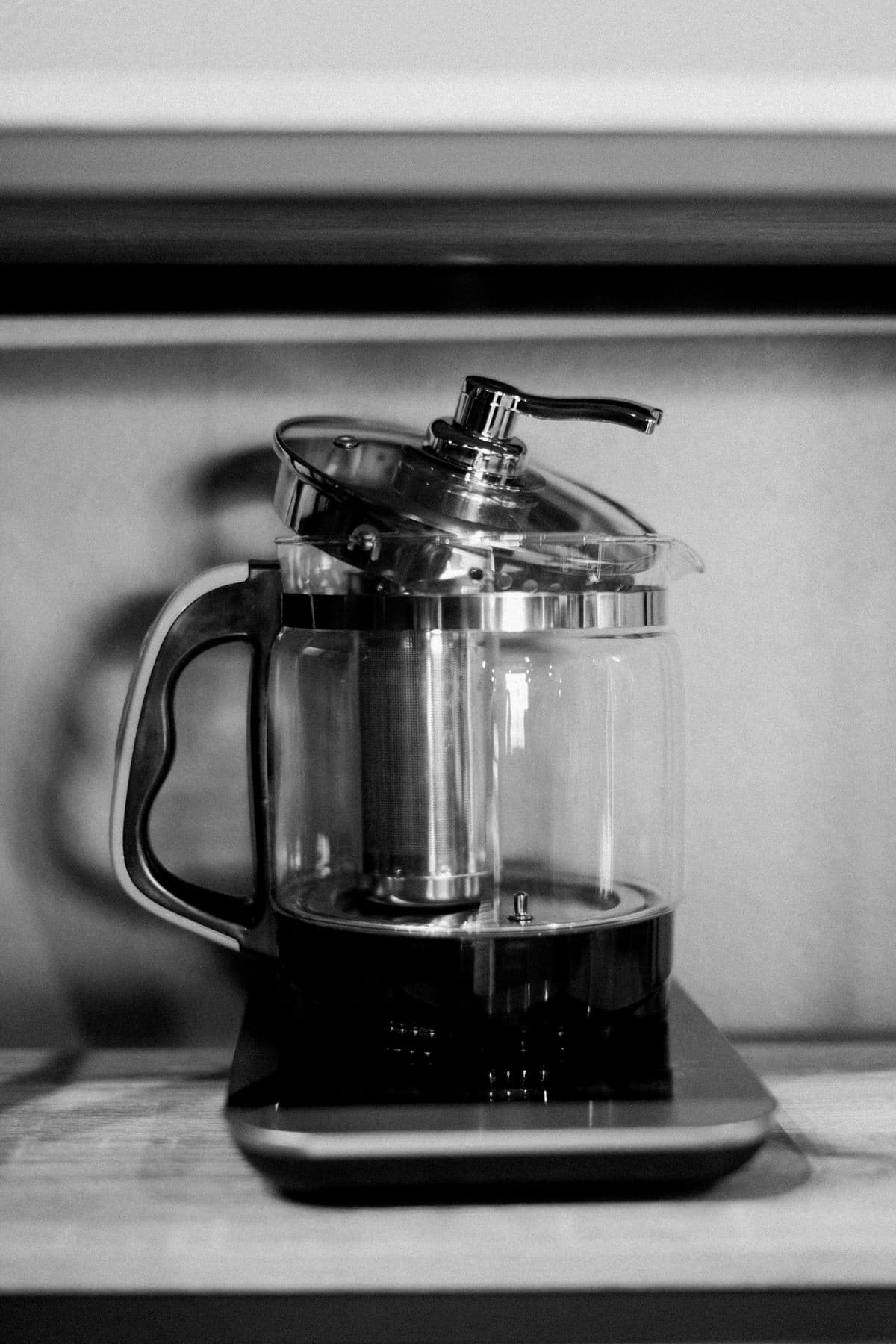 Urban-Fuel-Coffee-Fond-du-Lac-Wisconsin-black-and-white-fine-art-photography-by-Studio-L-photographer-Laura-Schneider-_2780