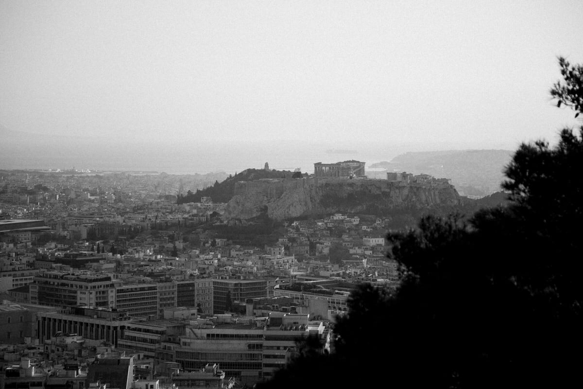 Athens-Greece-black-and-white-fine-art-photography-by-Studio-L-photographer-Laura-Schneider-_1813