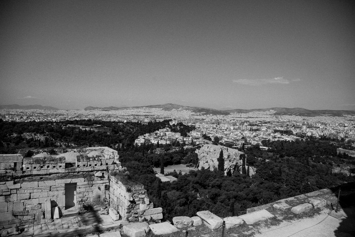 Athens-Greece-black-and-white-fine-art-photography-by-Studio-L-photographer-Laura-Schneider-_2059