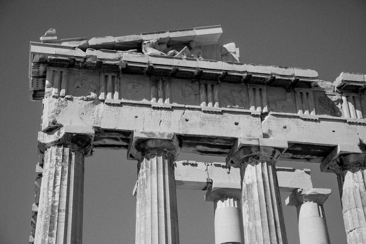 Athens-Greece-black-and-white-fine-art-photography-by-Studio-L-photographer-Laura-Schneider-_2071