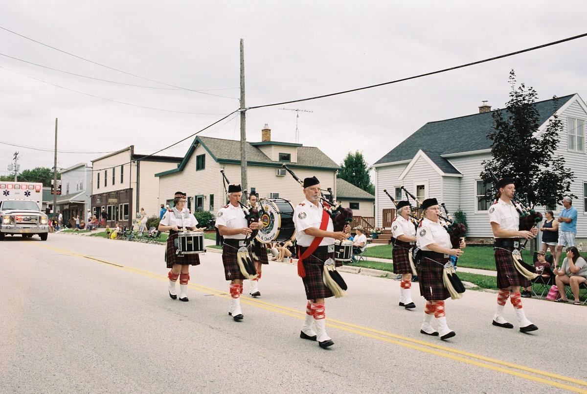 Mount-Calvary-Firemens-Parade-Mount-Calvary-Wisconsin-fine-art-photography-by-Studio-L-photographer-Laura-Schneider-_054-25A