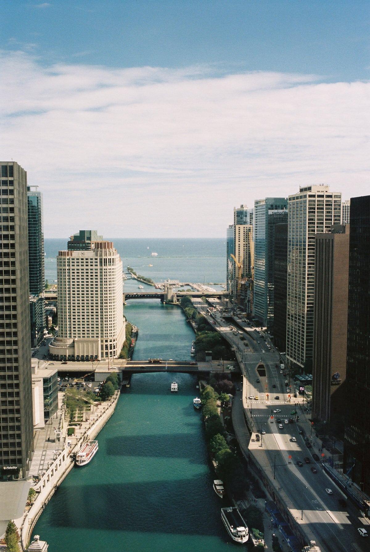 Chicago-Illinois-fine-art-film-photography-by-Studio-L-photographer-Laura-Schneider-_018
