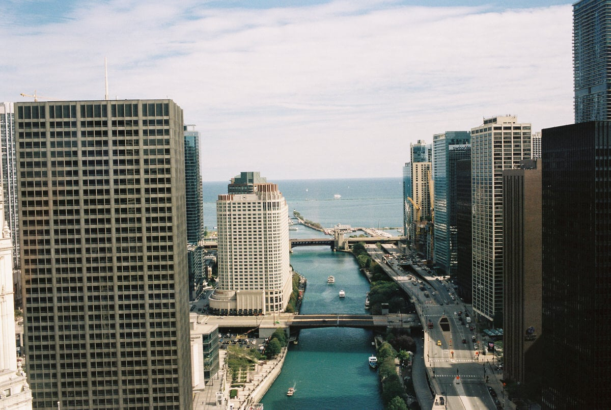 Chicago-Illinois-fine-art-film-photography-by-Studio-L-photographer-Laura-Schneider-_019
