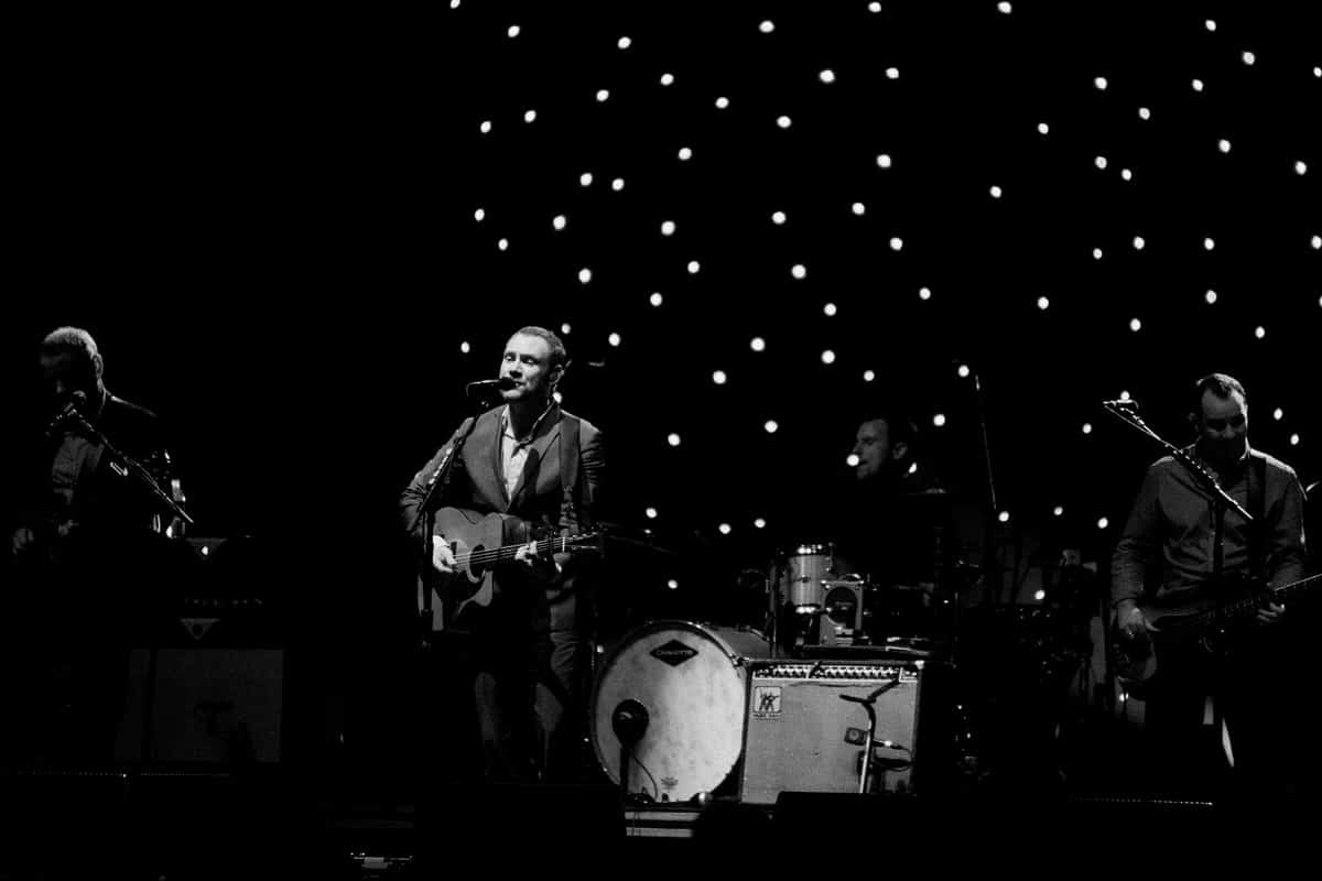 David-Gray-Ray-LaMontagne-concert-Jay-Pritzker-Paviilion-Chicago-Illinois-black-and-white-fine-art-photography-by-Studio-L-photographer-Laura-Schneider-_3667