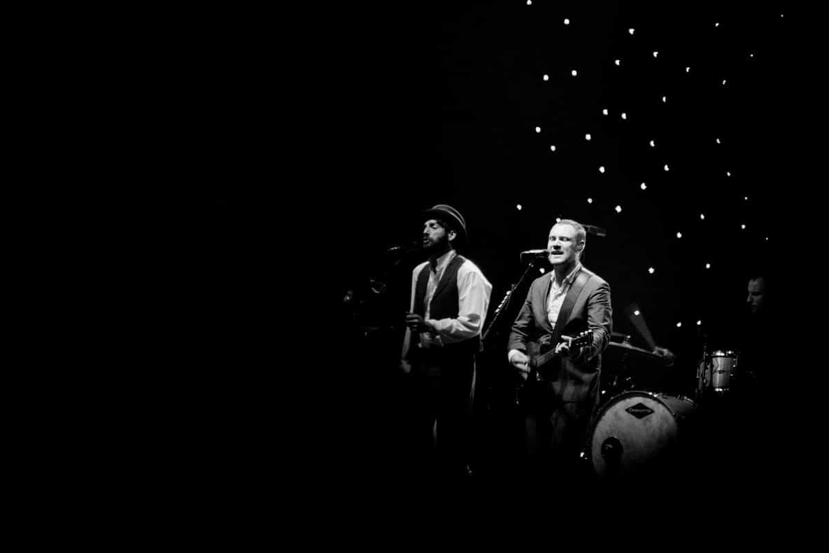David-Gray-Ray-LaMontagne-concert-Jay-Pritzker-Paviilion-Chicago-Illinois-black-and-white-fine-art-photography-by-Studio-L-photographer-Laura-Schneider-_3715