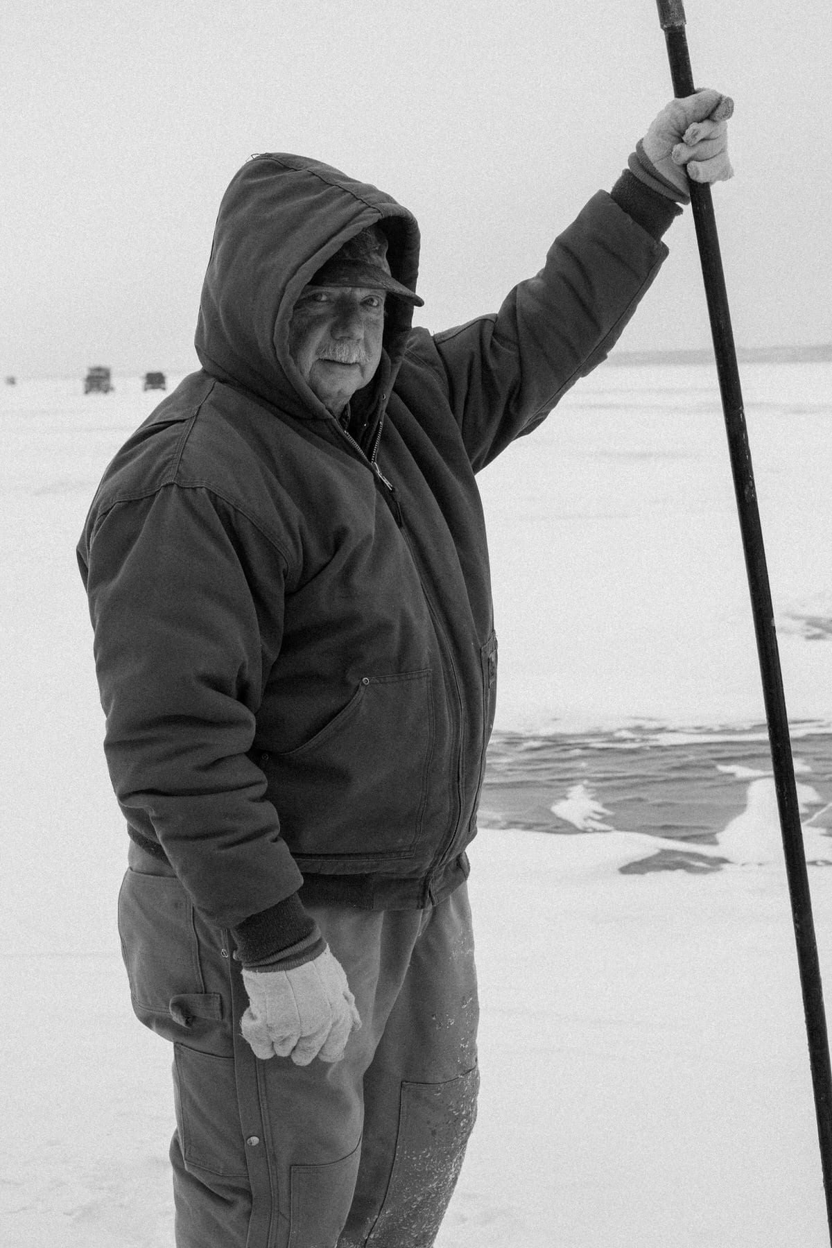 Lake-Winnebago-sturgeon-spearing-Fond-du-Lac-Wisconsin-black-and-white-fine-art-photography-by-Studio-L-photographer-Laura-Schneider-_0032