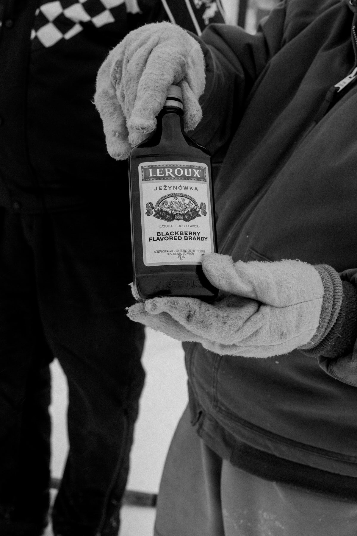 Lake-Winnebago-sturgeon-spearing-Fond-du-Lac-Wisconsin-black-and-white-fine-art-photography-by-Studio-L-photographer-Laura-Schneider-_0052