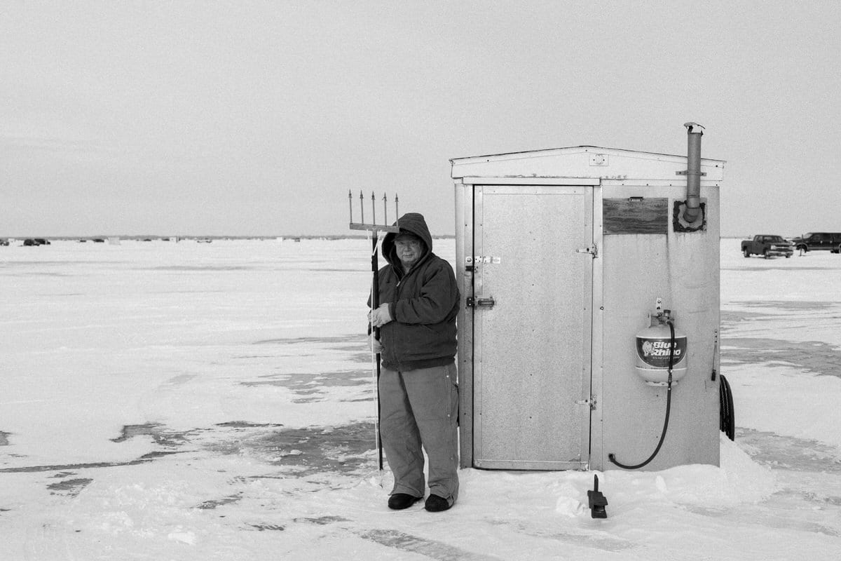 Lake-Winnebago-sturgeon-spearing-Fond-du-Lac-Wisconsin-black-and-white-fine-art-photography-by-Studio-L-photographer-Laura-Schneider-_0439