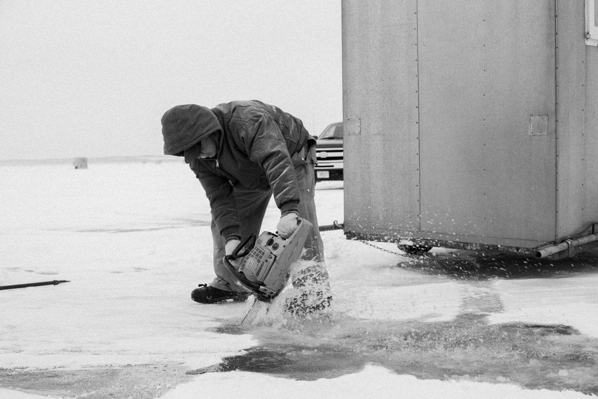 Lake-Winnebago-sturgeon-spearing-Fond-du-Lac-Wisconsin-black-and-white-fine-art-photography-by-Studio-L-photographer-Laura-Schneider-_9960