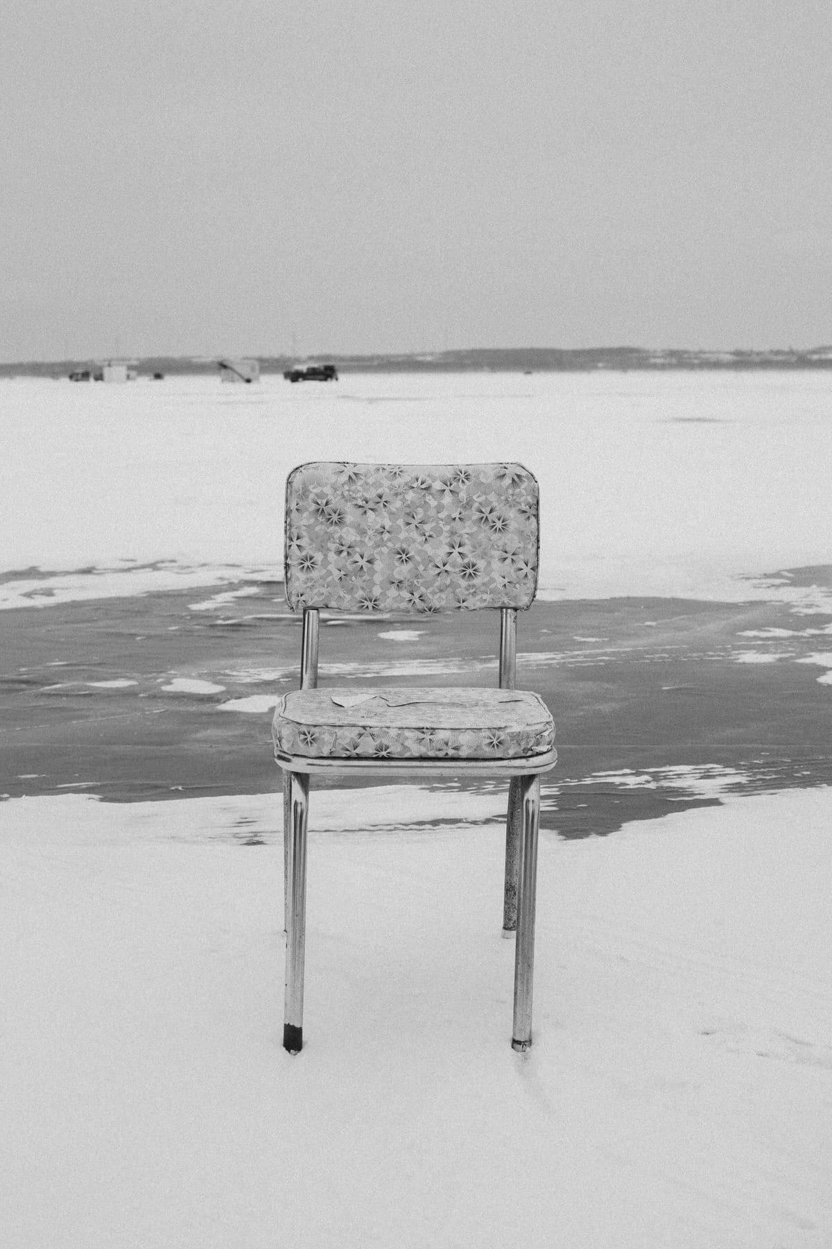Lake-Winnebago-sturgeon-spearing-Fond-du-Lac-Wisconsin-black-and-white-fine-art-photography-by-Studio-L-photographer-Laura-Schneider-_9980