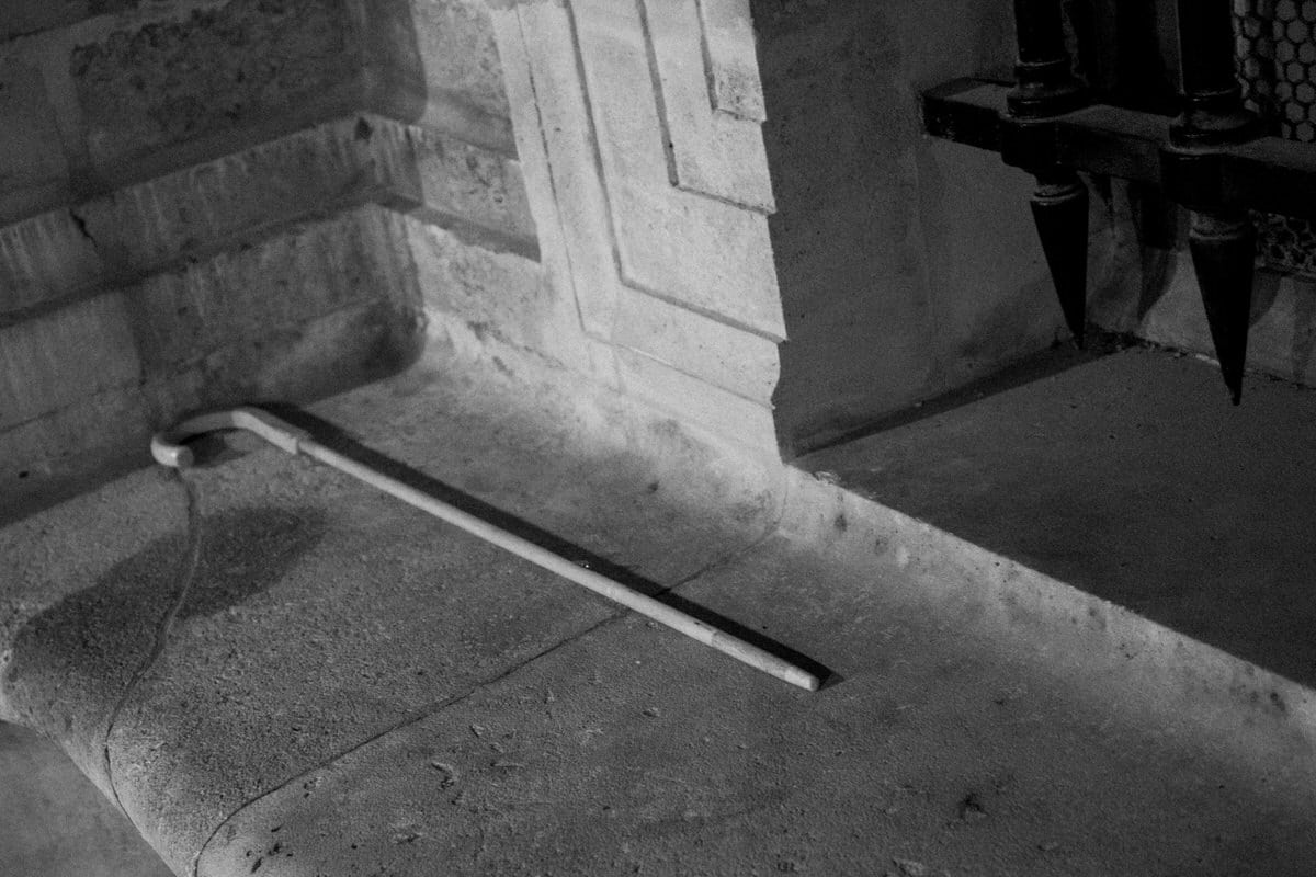 Louvre-Museum-Paris-France-black-and-white-fine-art-photography-by-Studio-L-photographer-Laura-Schneider-_4738