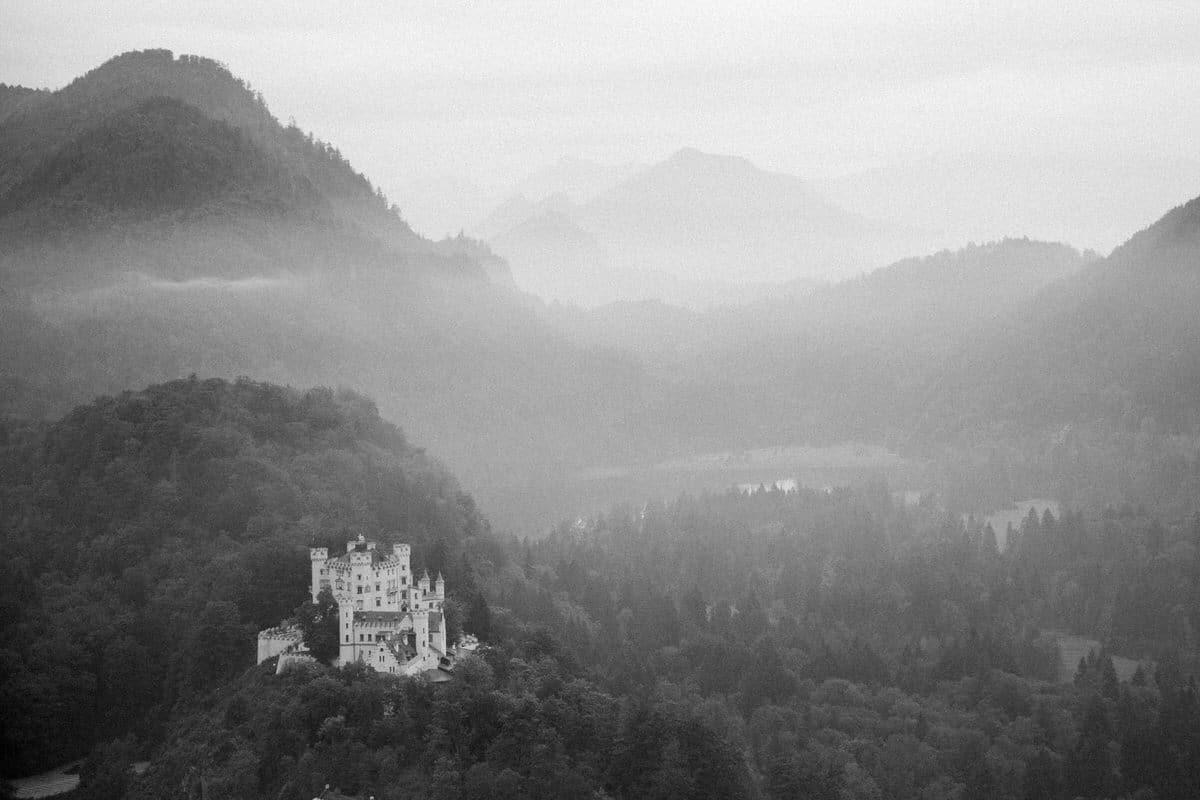 Neuschwanstein-Bavaria-Germany-black-and-white-fine-art-photography-by-Studio-L-photographer-Laura-Schneider-_3527