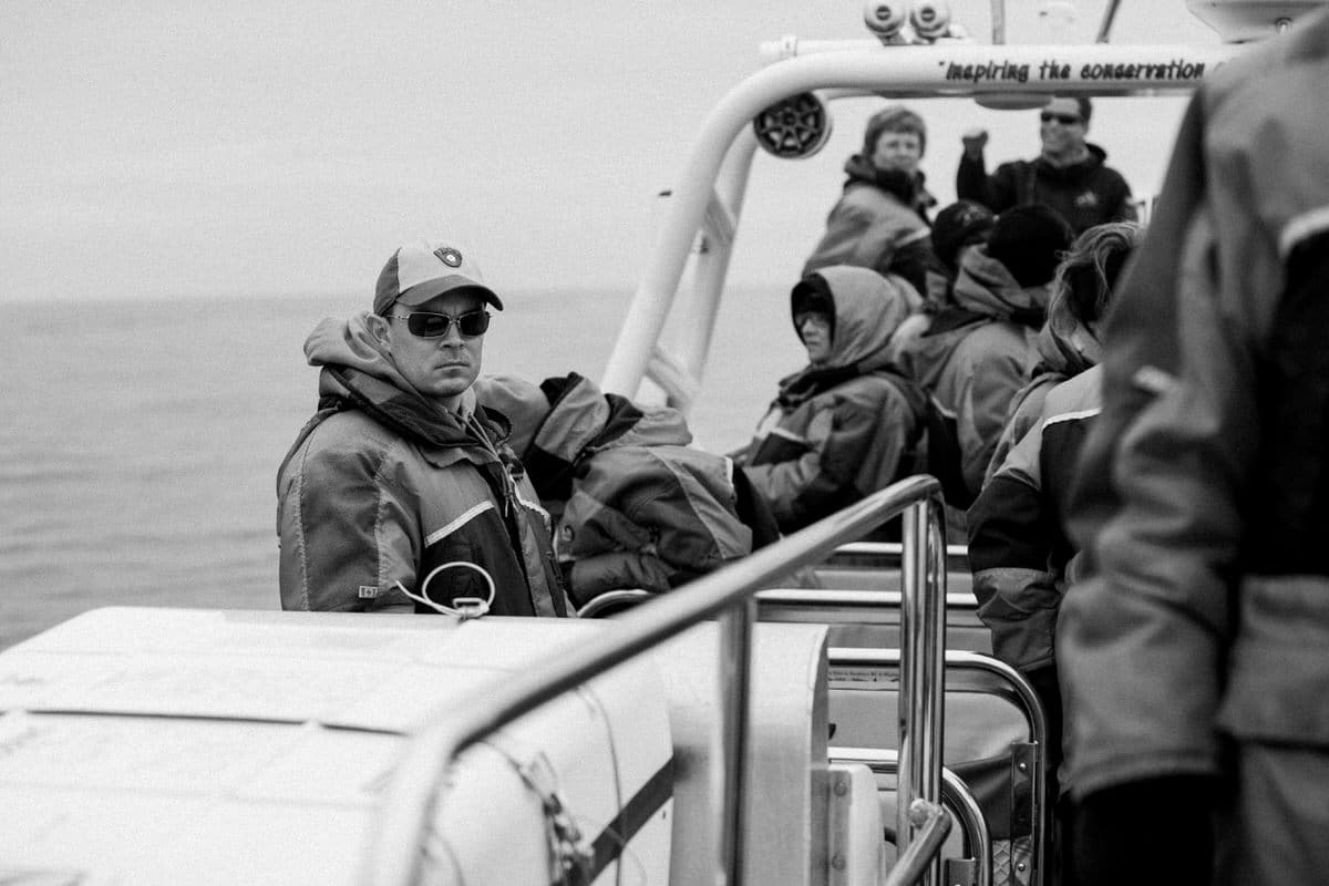 whale-watching-Victoria-British-Columbia-Canada-black-and-white-fine-art-photography-by-Studio-L-photographer-Laura-Schneider-_8838