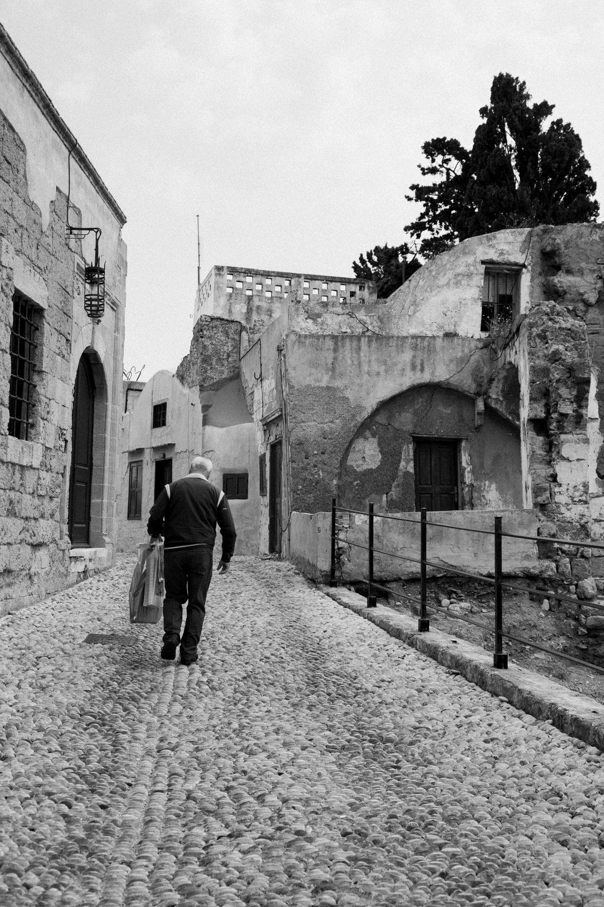 Rhodes-Greece-Island-black-and-white-fine-art-photography-by-Studio-L-photographer-Laura-Schneider-_2583