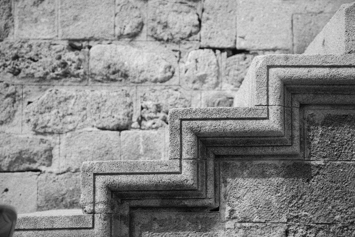 Rhodes-Greece-Island-black-and-white-fine-art-photography-by-Studio-L-photographer-Laura-Schneider-_2684