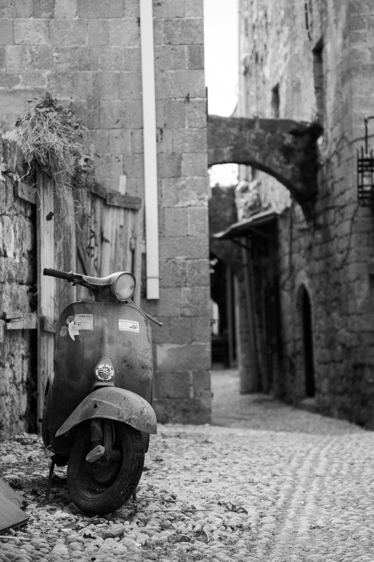 Rhodes-Greece-Island-black-and-white-fine-art-photography-by-Studio-L-photographer-Laura-Schneider-_2713