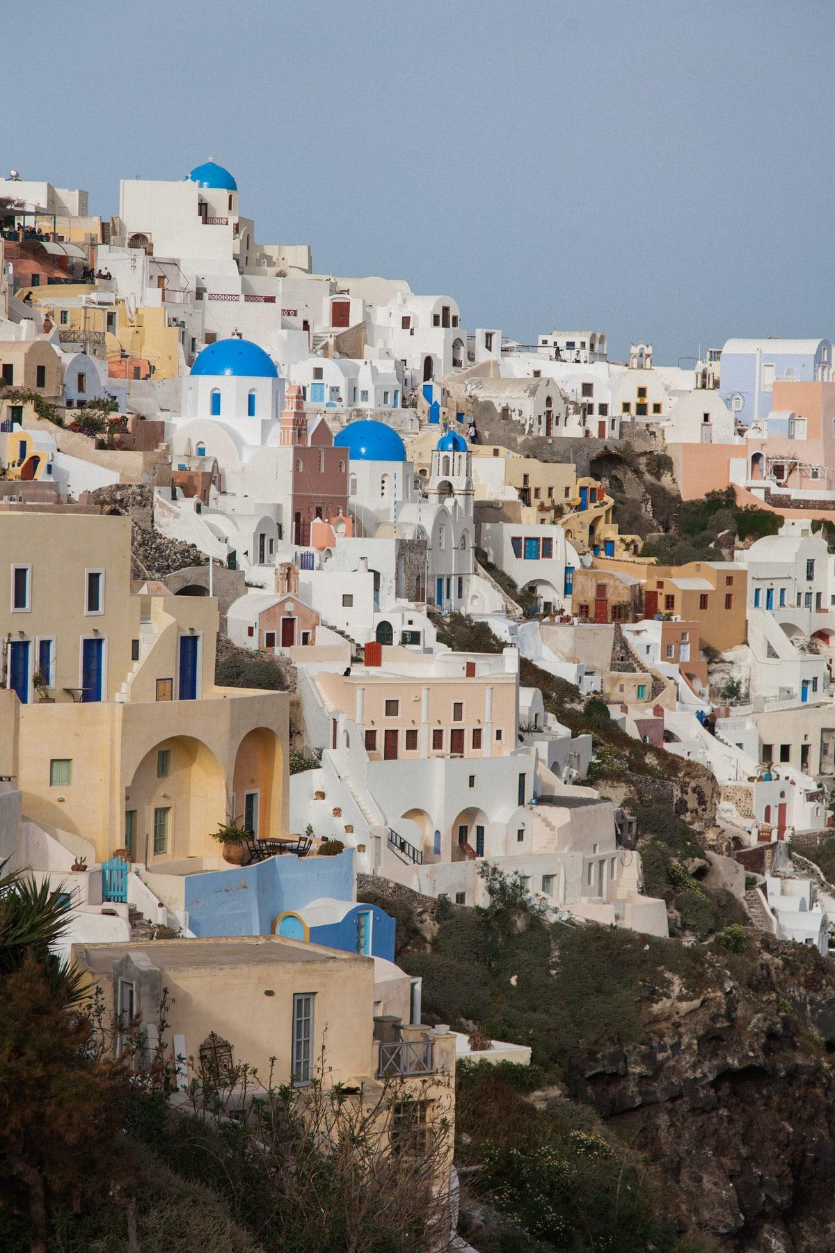 Santorini-Greece-black-and-white-fine-art-photography-by-Studio-L-photographer-Laura-Schneider-_2934