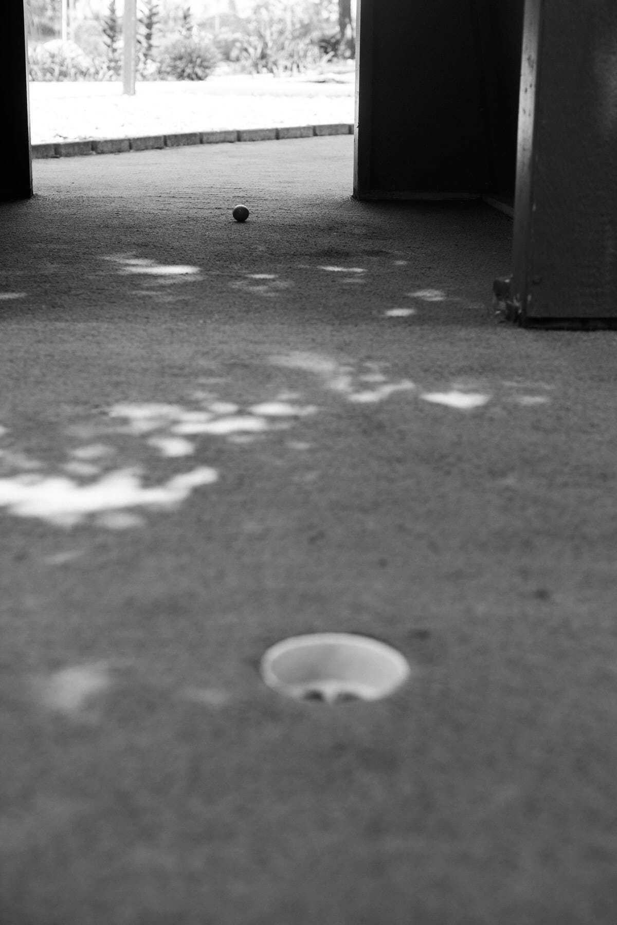 mini-golf-Crivitz-Wisconsin-black-and-white-fine-art-photography-by-Studio-L-photographer-Laura-Schneider-_9661
