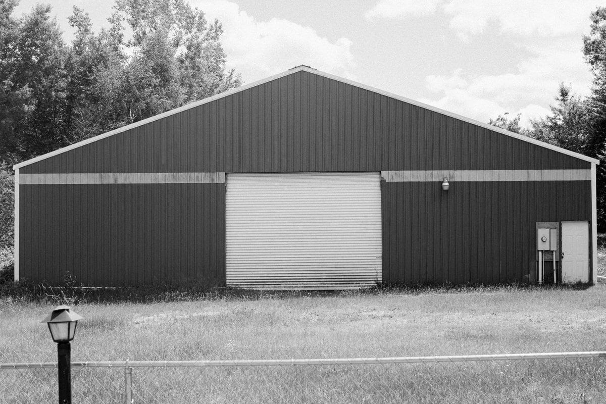 mini-golf-Crivitz-Wisconsin-black-and-white-fine-art-photography-by-Studio-L-photographer-Laura-Schneider-_9689