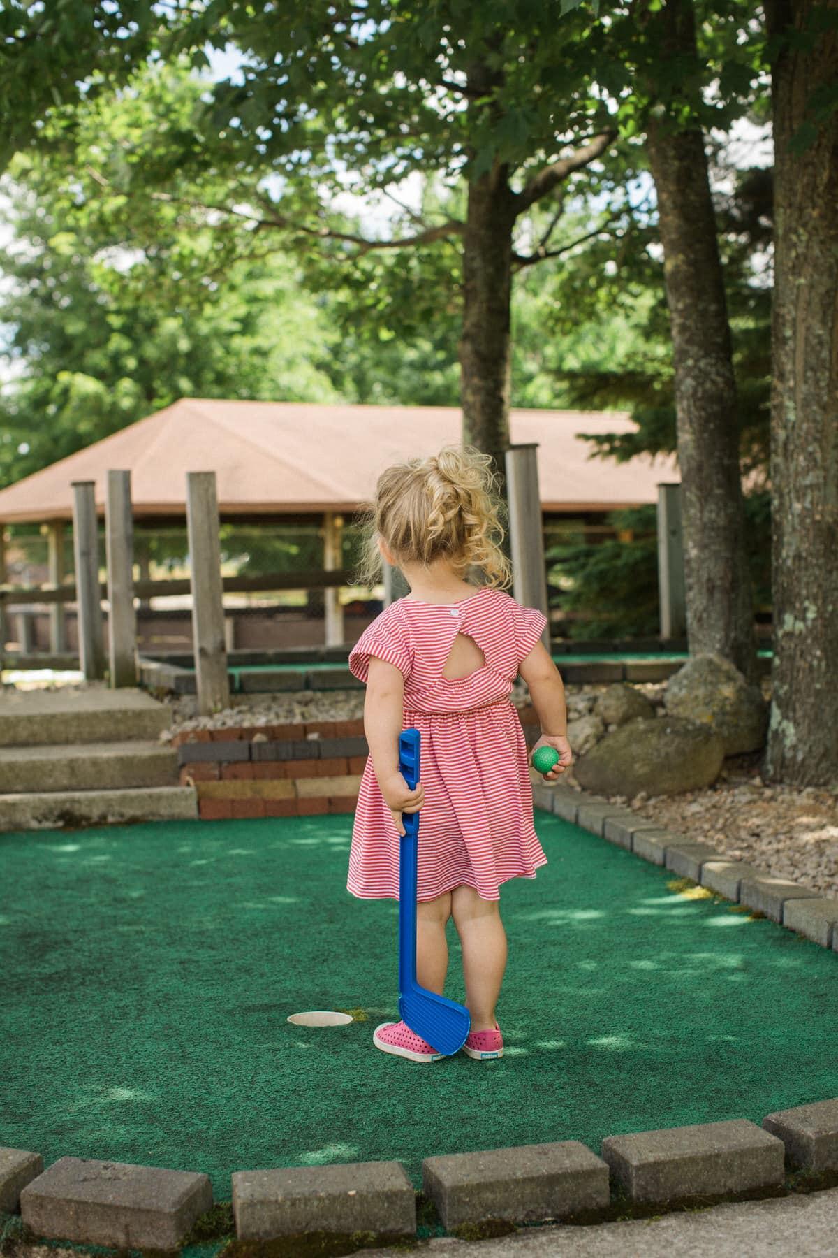 mini-golf-Crivitz-Wisconsin-fine-art-photography-by-Studio-L-photographer-Laura-Schneider-_9646