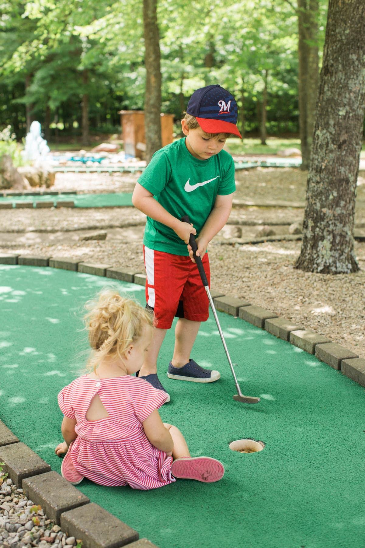 mini-golf-Crivitz-Wisconsin-fine-art-photography-by-Studio-L-photographer-Laura-Schneider-_9658