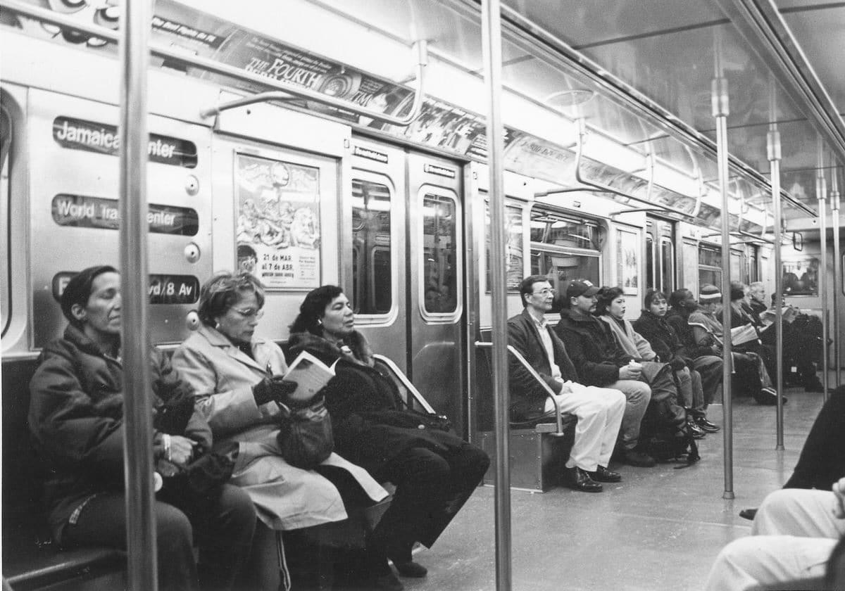 Manhattan-New-York-black-and-white-fine-art-film-street-photography-by-Studio-L-photographer-Laura-Jean-Schneider-_008