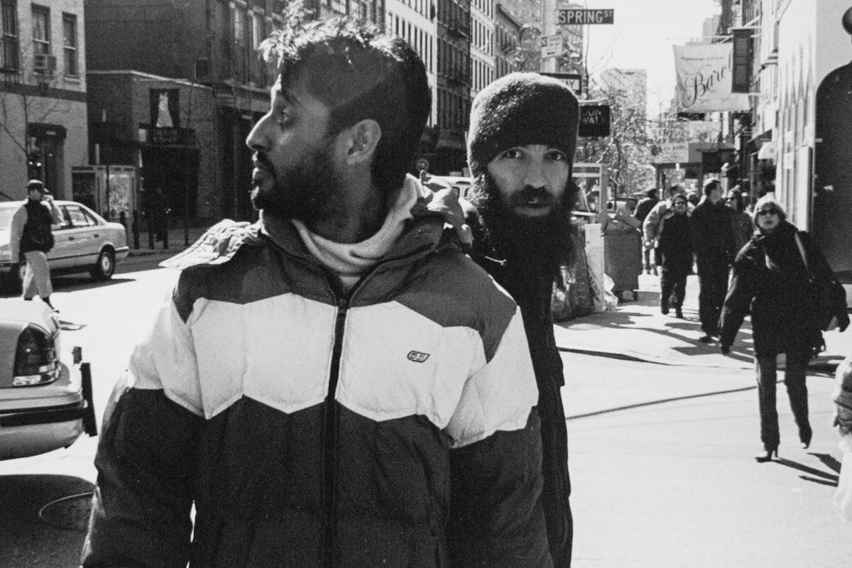 Manhattan-New-York-black-and-white-fine-art-film-street-photography-by-Studio-L-photographer-Laura-Jean-Schneider-_7147