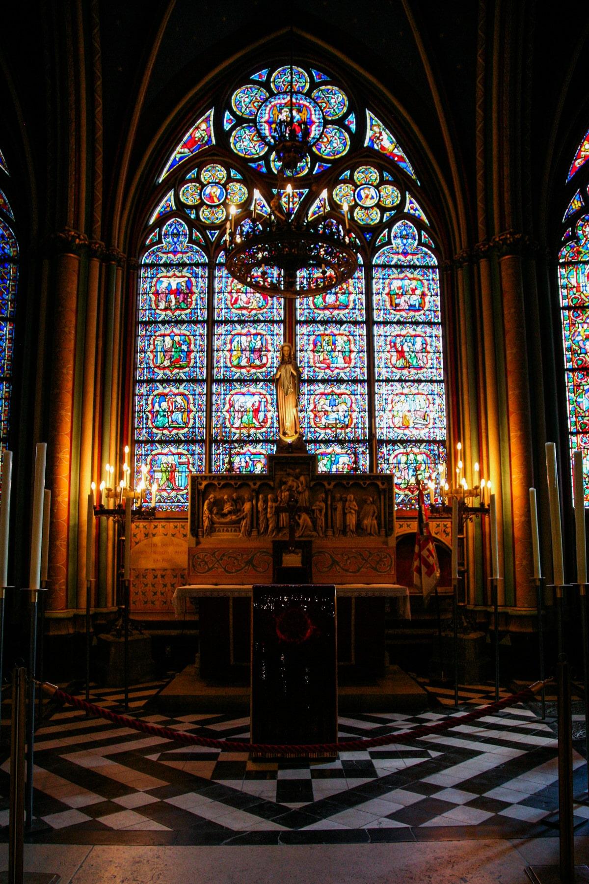 Notre-Dame-Paris-France-fine-art-photography-by-Studio-L-photographer-Laura-Schneider-_4961