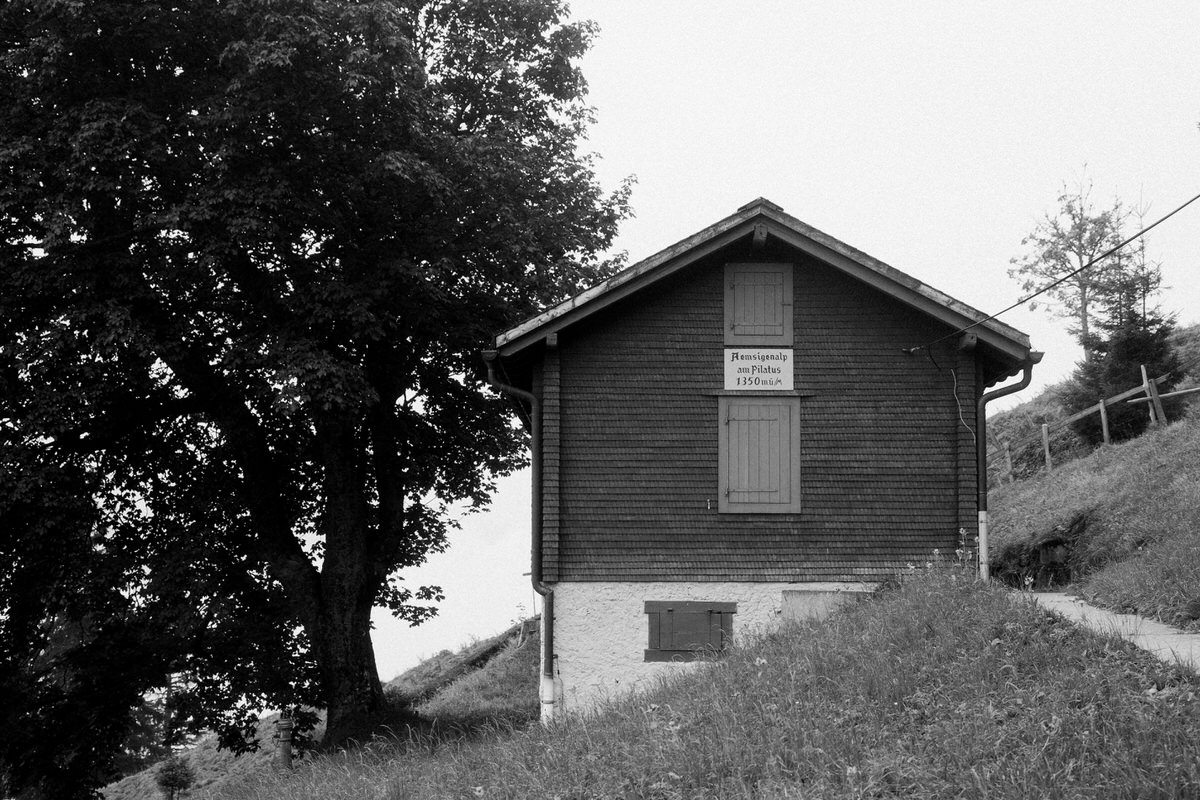 Mount_Pilatus_Lucerne_Switzerland-black-and-white-fine-art-photography-by-Studio-L-photographer-Laura-Schneider-_4370