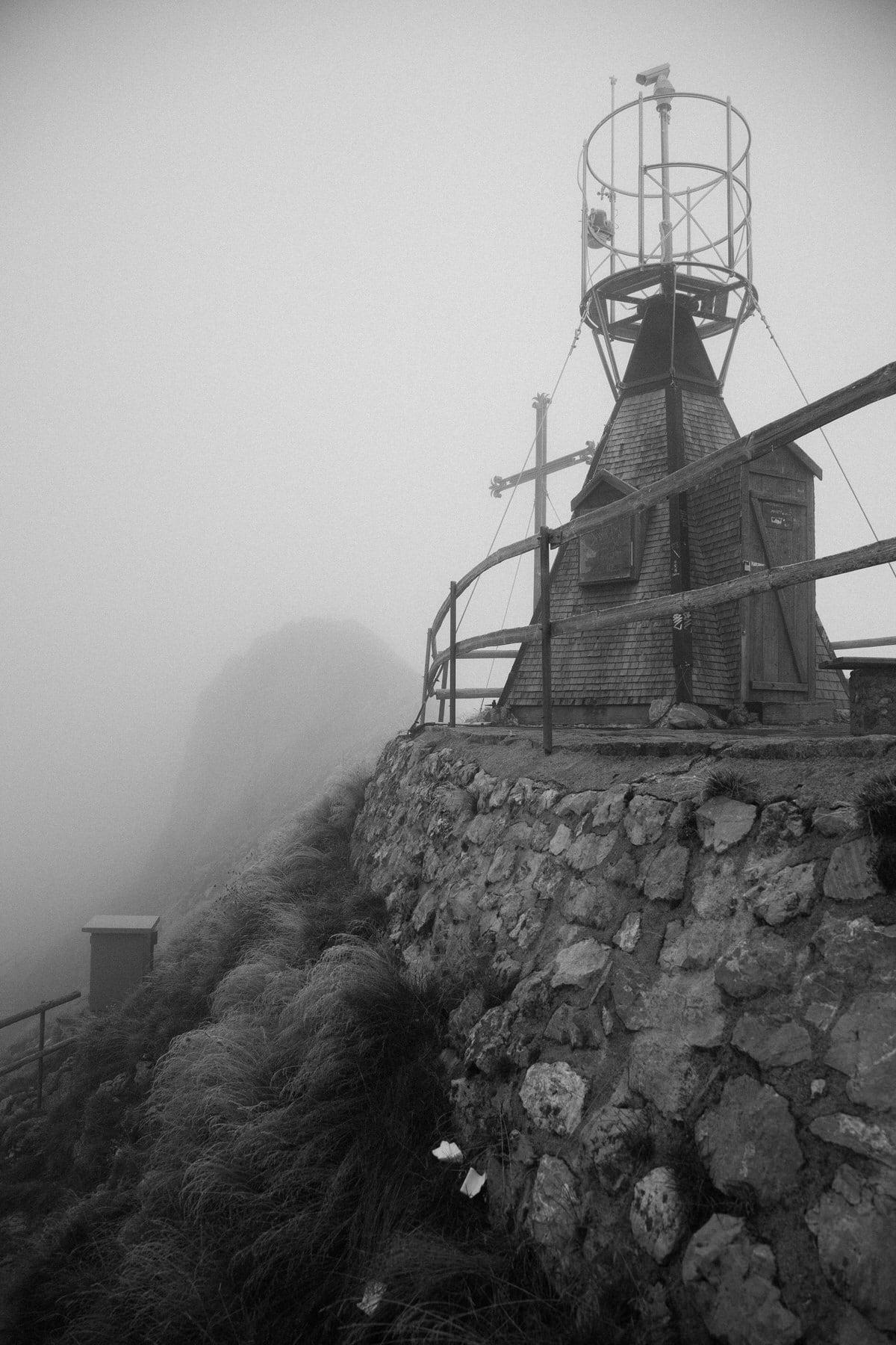Mount_Pilatus_Lucerne_Switzerland-black-and-white-fine-art-photography-by-Studio-L-photographer-Laura-Schneider-_4399