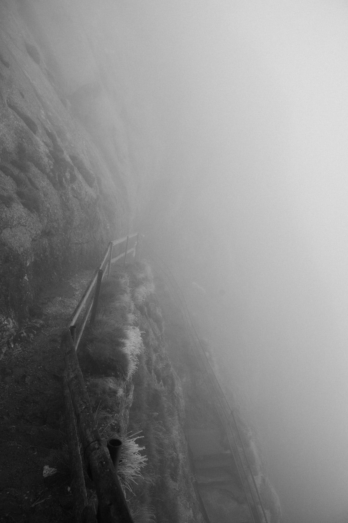 Mount_Pilatus_Lucerne_Switzerland-black-and-white-fine-art-photography-by-Studio-L-photographer-Laura-Schneider-_4400