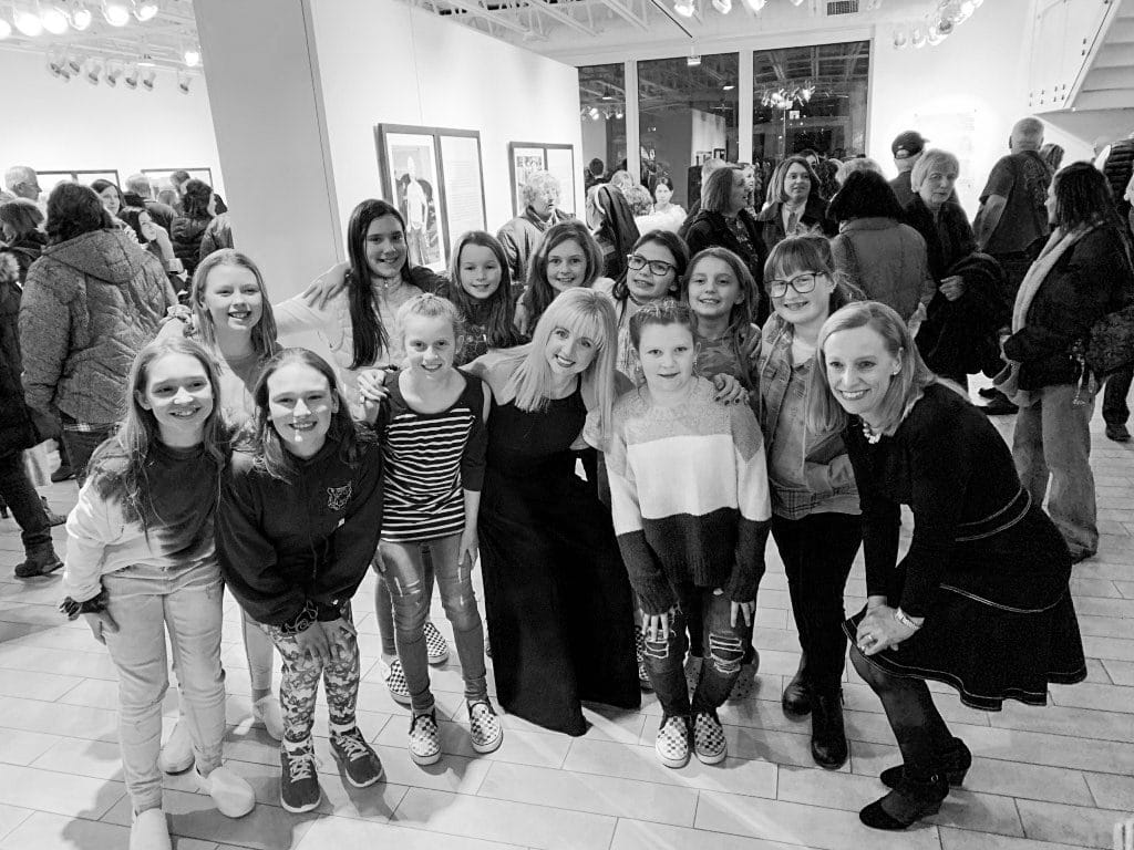 Illuminating-women_opening_exhibition-at_Thelma_Sadoff_Center_for_the_Arts_by-Laura_Schneider_and_Juliane_Troicki-_02