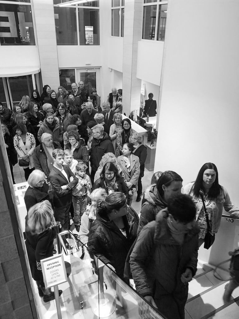 Illuminating-women_opening_exhibition-at_Thelma_Sadoff_Center_for_the_Arts_by-Laura_Schneider_and_Juliane_Troicki-_25
