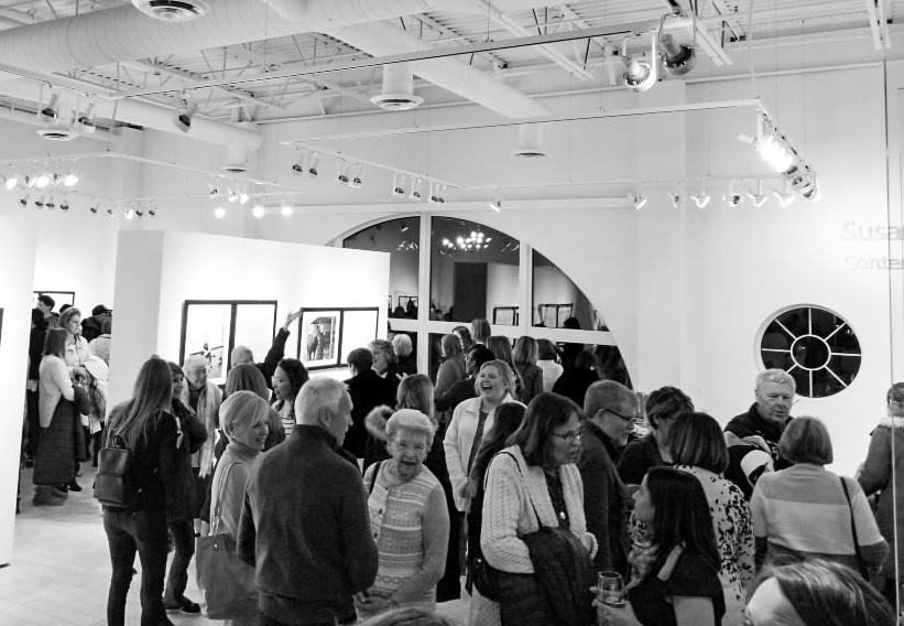 Illuminating-women_opening_exhibition-at_Thelma_Sadoff_Center_for_the_Arts_by-Laura_Schneider_and_Juliane_Troicki-_28