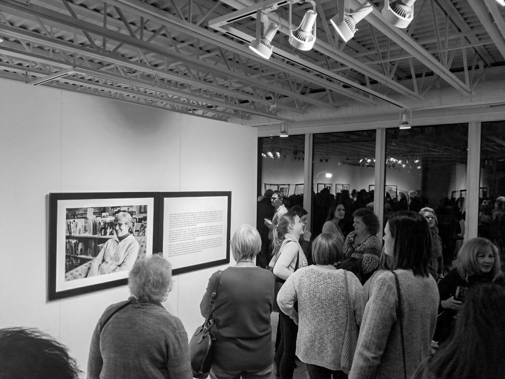 Illuminating-women_opening_exhibition-at_Thelma_Sadoff_Center_for_the_Arts_by-Laura_Schneider_and_Juliane_Troicki-_9a