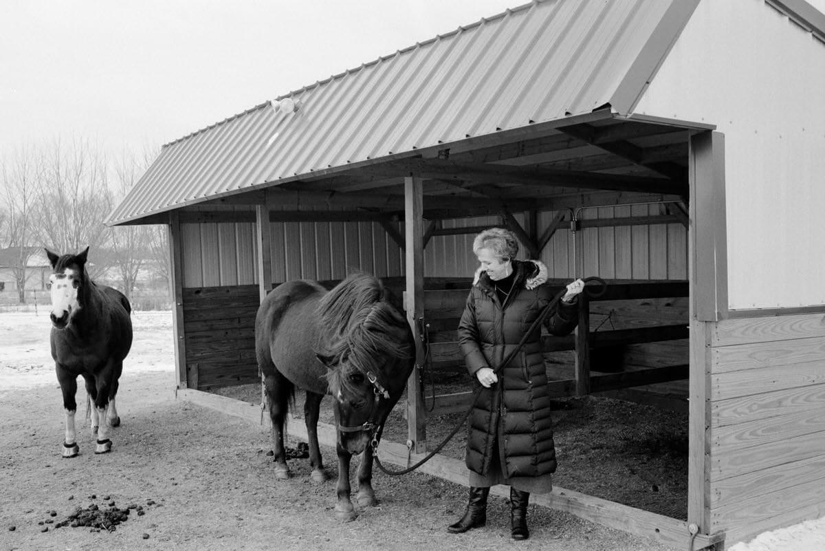 Illuminating-Women-art-exhibition-black-and-white-fine-art-film-photography-by-Studio-L-photographer-Laura-Schneider-10023