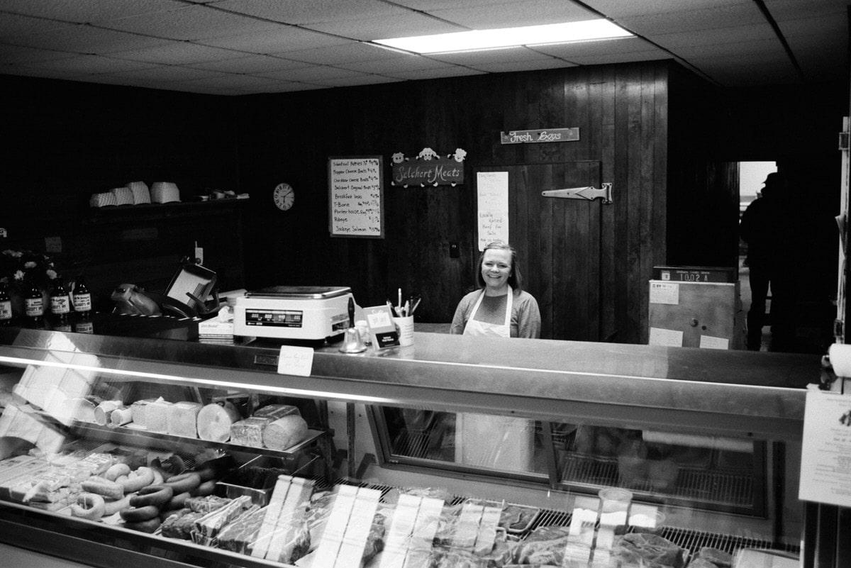 Illuminating-women_exhibition-black-and-white-fine-art-film-photography-of-Katie-Fuhrmann-of-Salchert-Meats-by-Studio-L-photographer-Laura-Schneider-_017