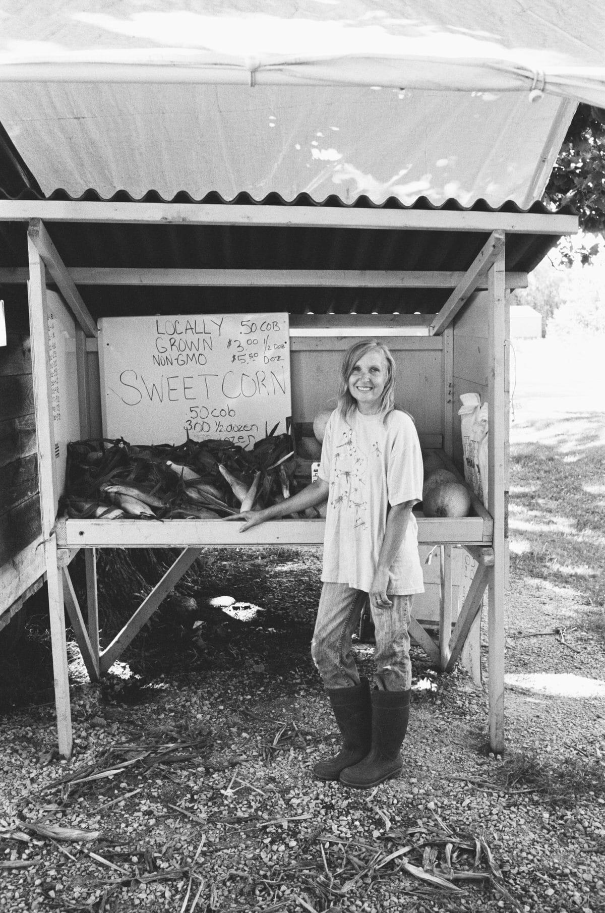 Illuminating-women_exhibition-black-and-white-fine-art-film-photography-of-Wisconsin-farmer-Colleen-Lubbert-by-Studio-L-photographer-Laura-Schneider-_017