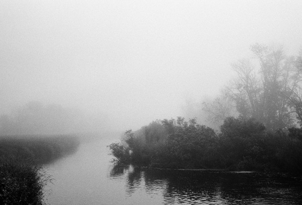 Spring-river-black-and-white-fine-art-film-photography-by-emerging-artist-Studio-L-photographer-Laura-Schneider-_030