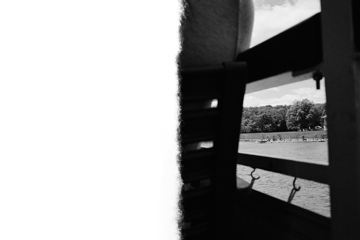Lake-Geneva-Wisconsin-black-and-white-fine-art-film-photography-by-Studio-L-photographer-Laura-Schneider-_01