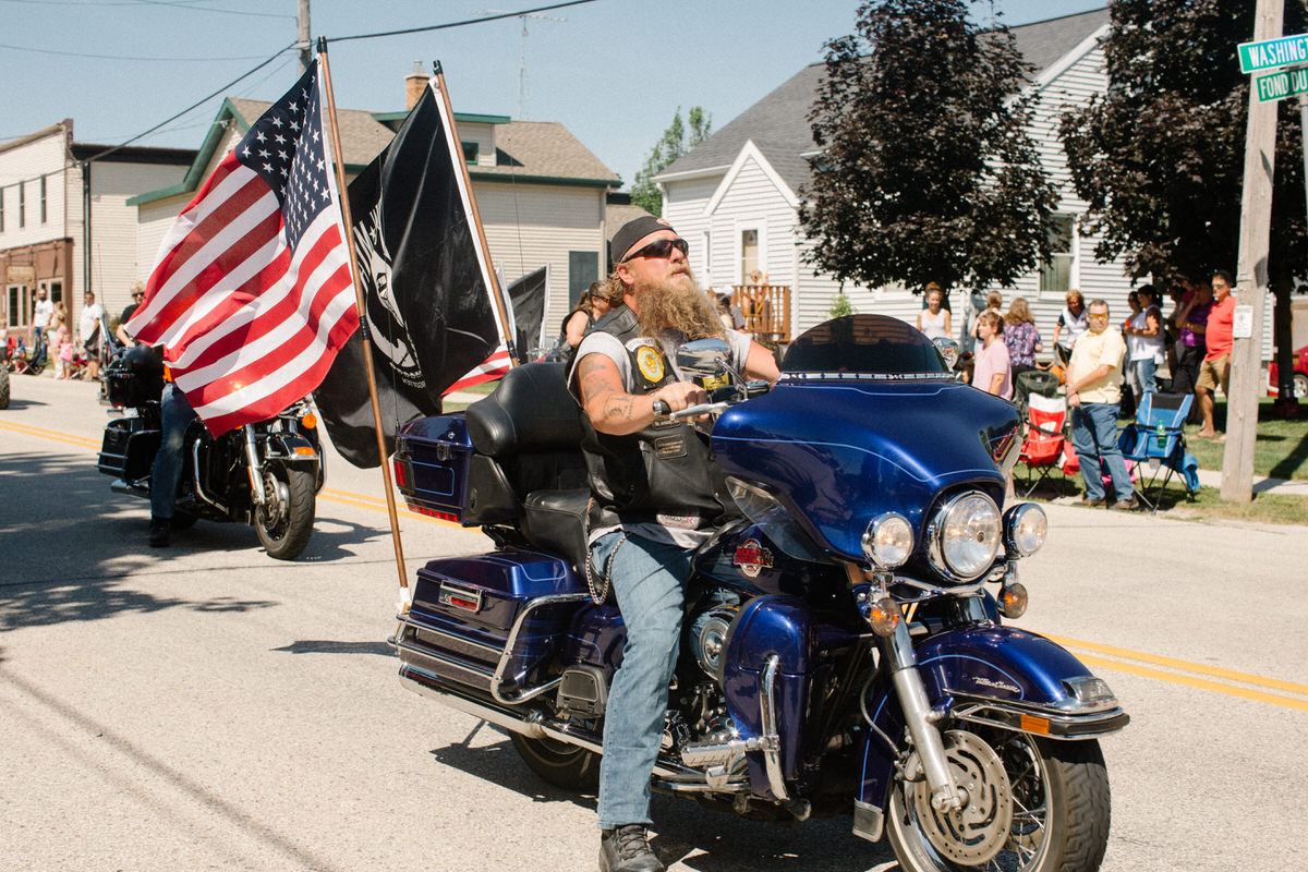 Mount-Calvary-Firemens-Picnic-Parade-Wisconsin-documentary-photography-by-Studio-L-photographer-Laura-Schneider-0665