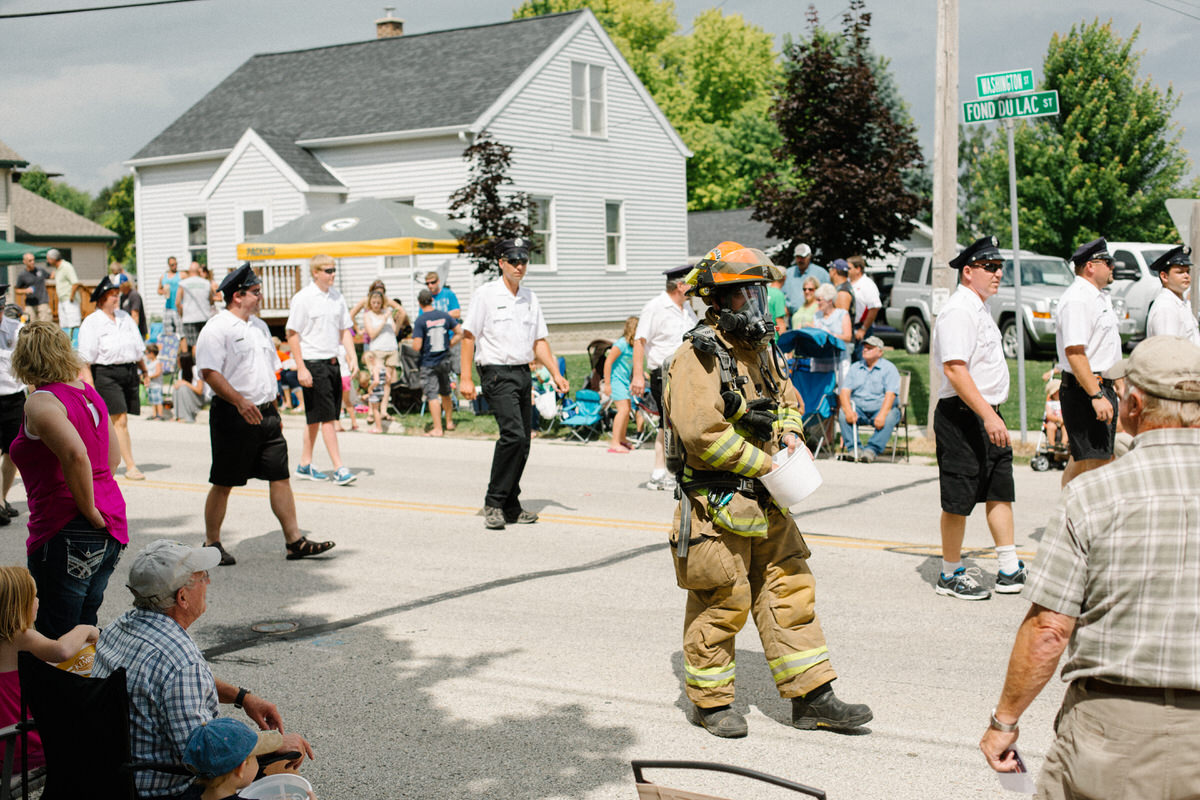 Mount-Calvary-Firemens-Picnic-Parade-Wisconsin-documentary-photography-by-Studio-L-photographer-Laura-Schneider-4004