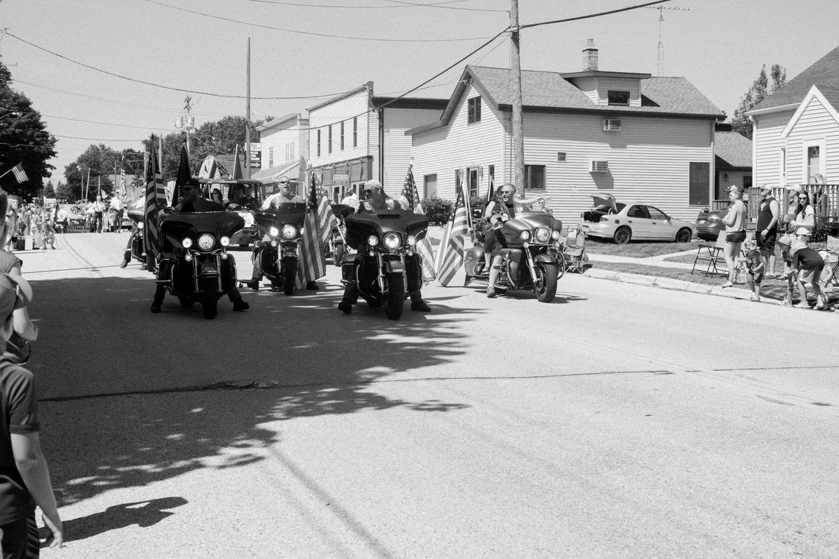 Mount-Calvary-Firemens-Picnic-Parade-Wisconsin-documentary-photography-by-Studio-L-photographer-Laura-Schneider_-0663