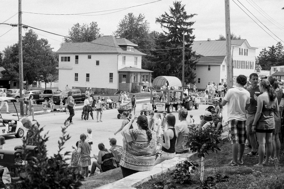 Mount-Calvary-Firemens-Picnic-Parade-Wisconsin-documentary-photography-by-Studio-L-photographer-Laura-Schneider_-3220
