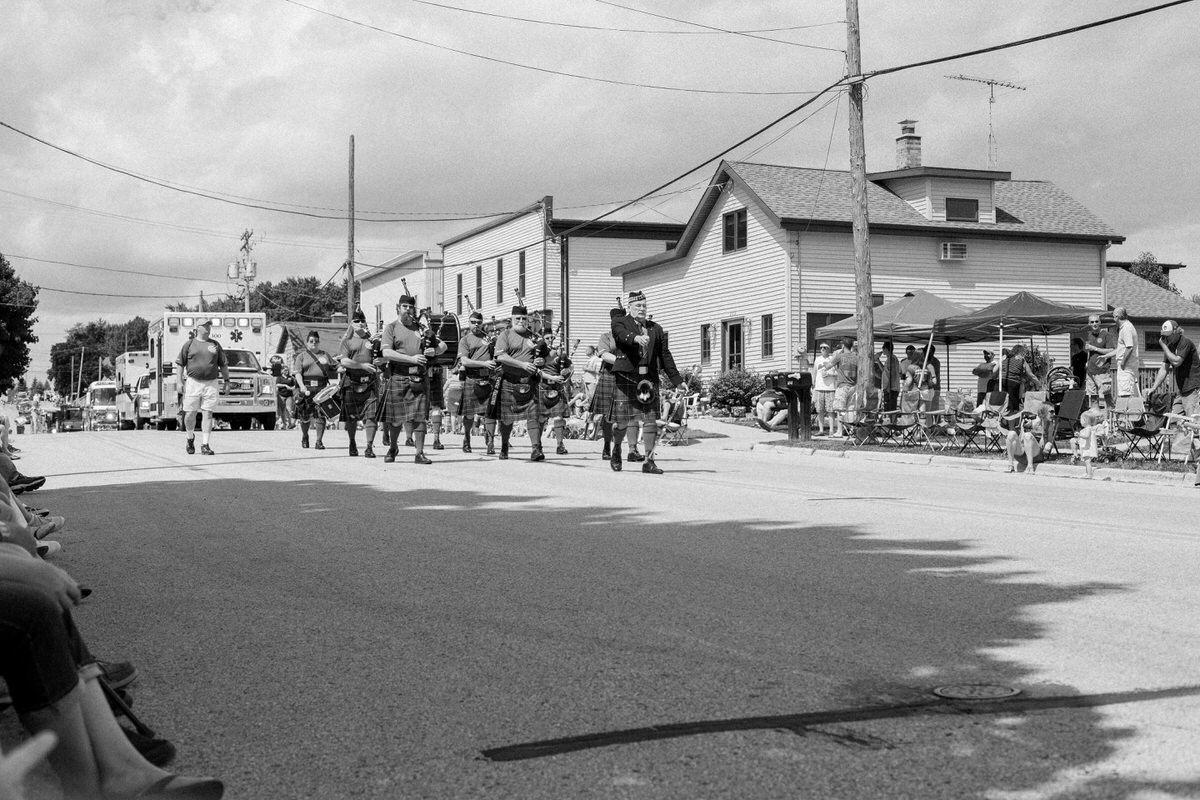 Mount-Calvary-Firemens-Picnic-Parade-Wisconsin-documentary-photography-by-Studio-L-photographer-Laura-Schneider_-3989