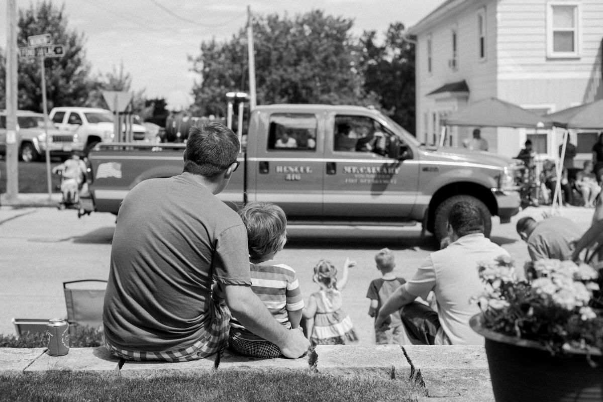 Mount-Calvary-Firemens-Picnic-Parade-Wisconsin-documentary-photography-by-Studio-L-photographer-Laura-Schneider_-3996