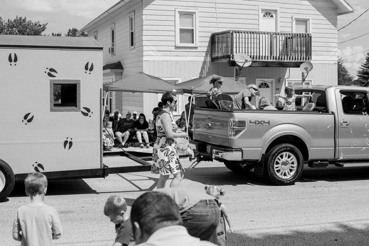 Mount-Calvary-Firemens-Picnic-Parade-Wisconsin-documentary-photography-by-Studio-L-photographer-Laura-Schneider_-4002