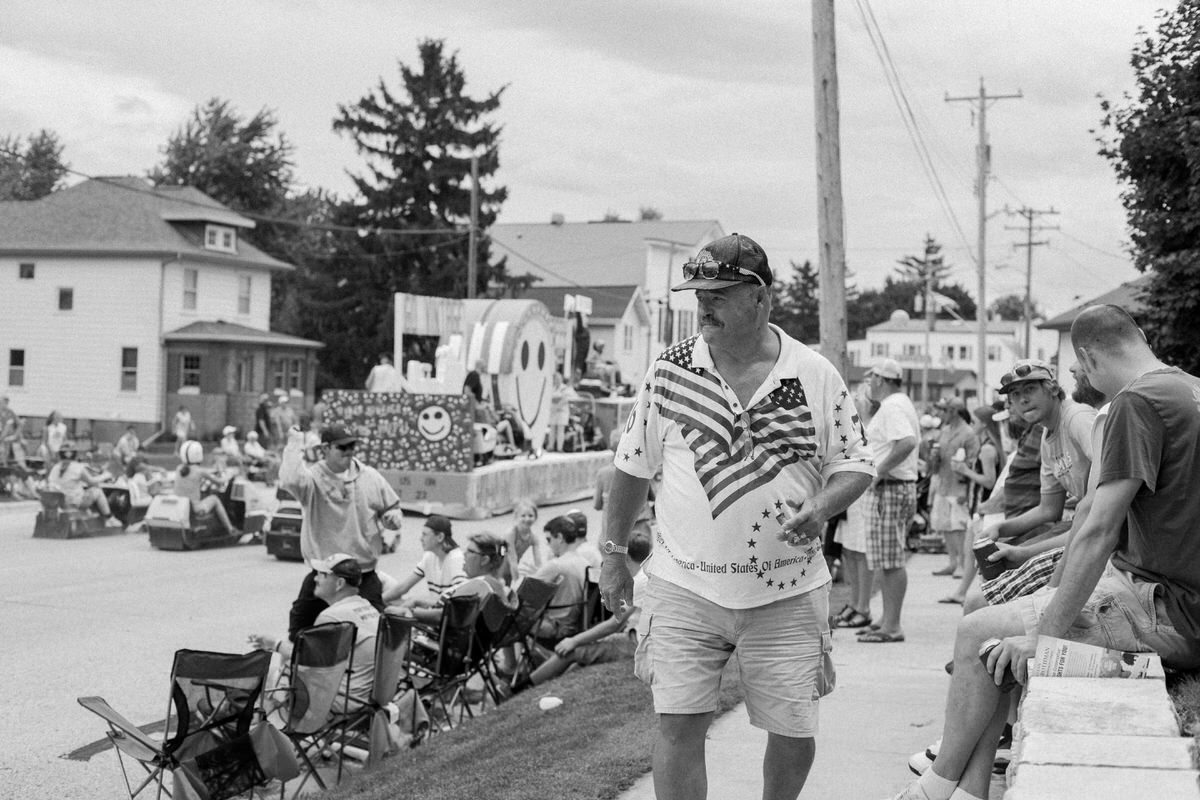 Mount-Calvary-Firemens-Picnic-Parade-Wisconsin-documentary-photography-by-Studio-L-photographer-Laura-Schneider_-4024