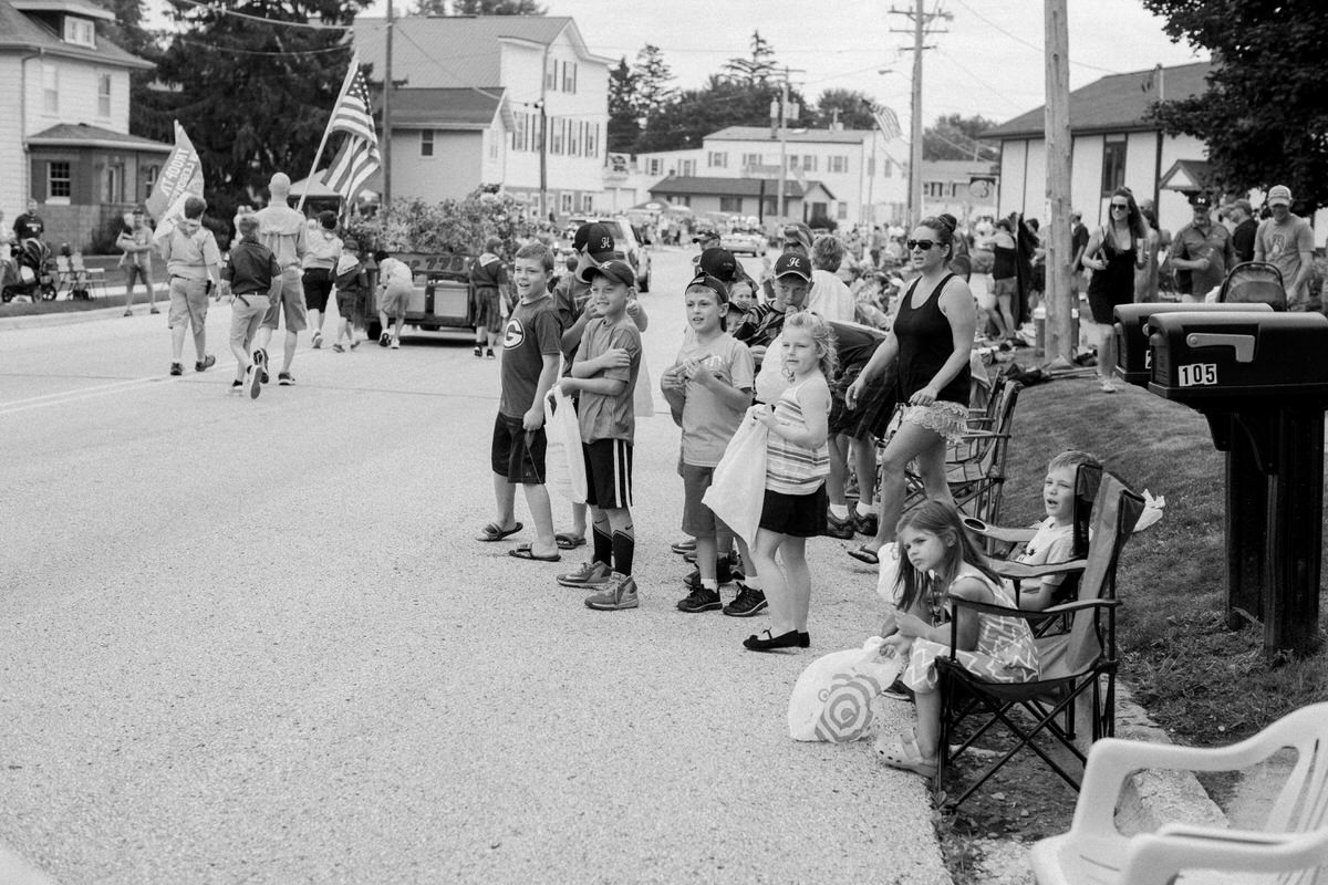 Mount-Calvary-Firemens-Picnic-Parade-Wisconsin-documentary-photography-by-Studio-L-photographer-Laura-Schneider_-6319