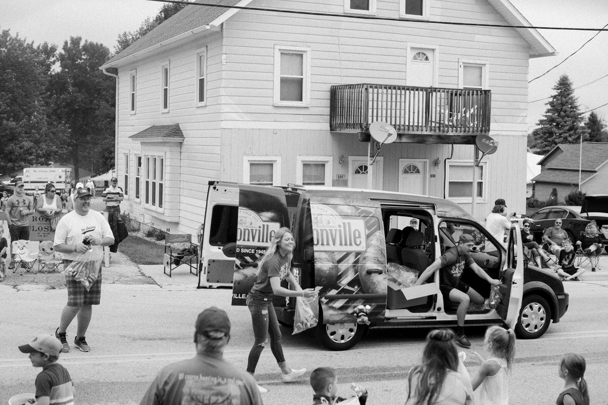 Mount-Calvary-Firemens-Picnic-Parade-Wisconsin-documentary-photography-by-Studio-L-photographer-Laura-Schneider_-9831